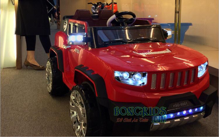 Xe ô tô điện trẻ em HSD-8101 màu đỏ