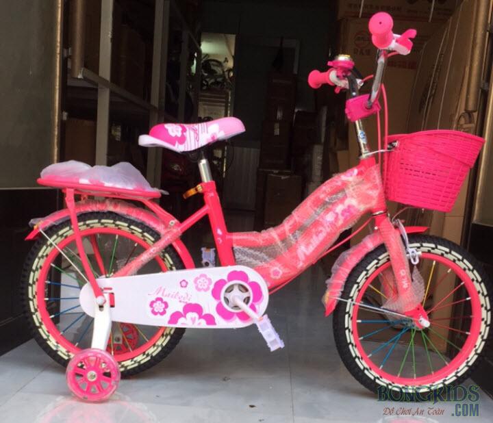 Xe đạp công chúa cho bé gái màu hồng đậm