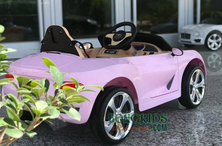 Xe ô tô điện trẻ em Bentley 8203 màu hồng cho bé gái
