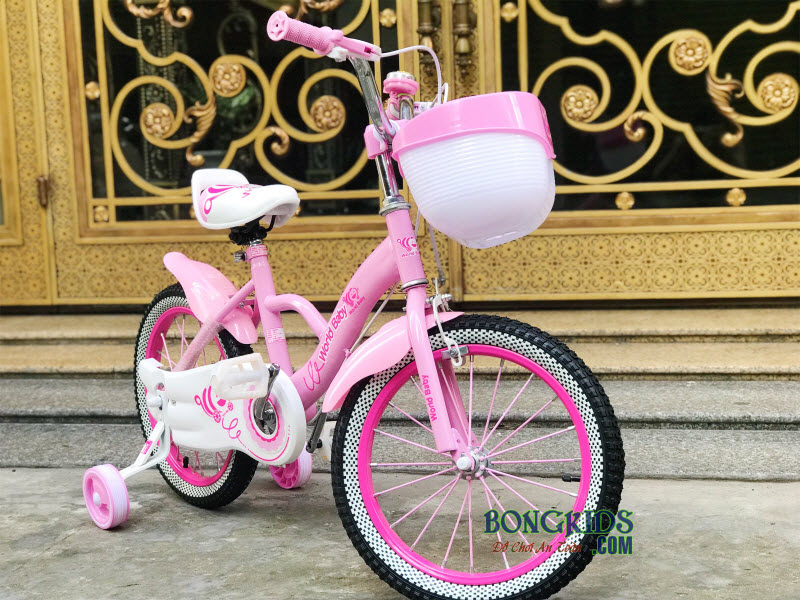 Xe đạp hồng cho bé gái