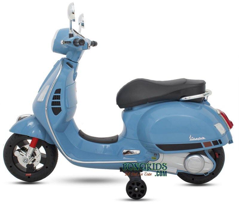 Xe máy điện trẻ em Vespa Q168 màu xanh