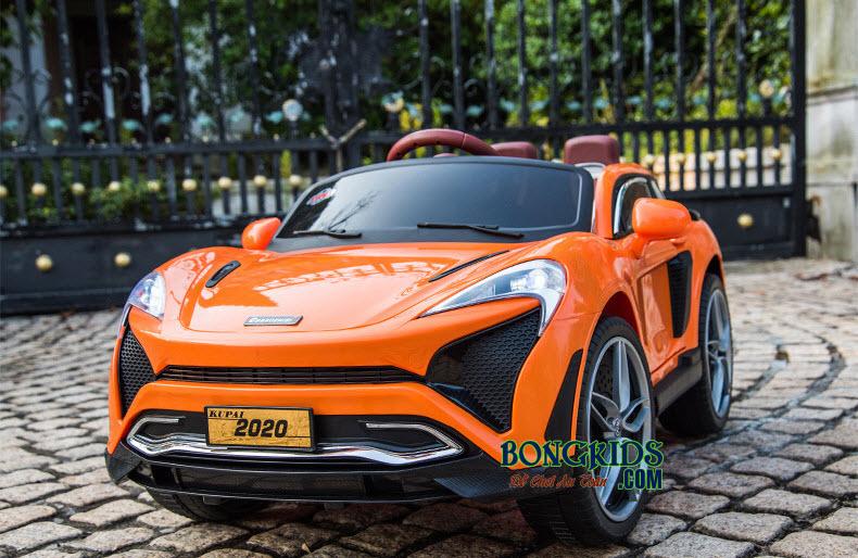 Xe hơi điện trẻ em 2020 màu cam