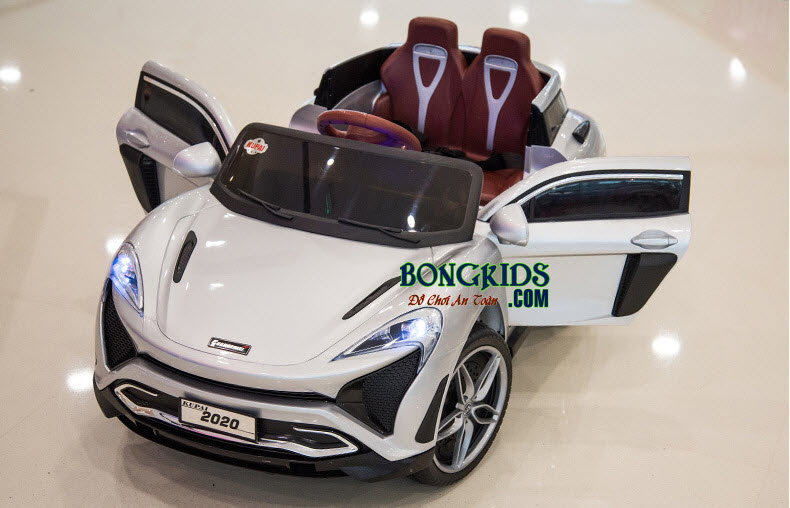 Xe hơi điện trẻ em 2020 màu trắng