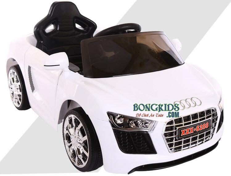 Xe ô tô điện trẻ em 6288 màu trắng