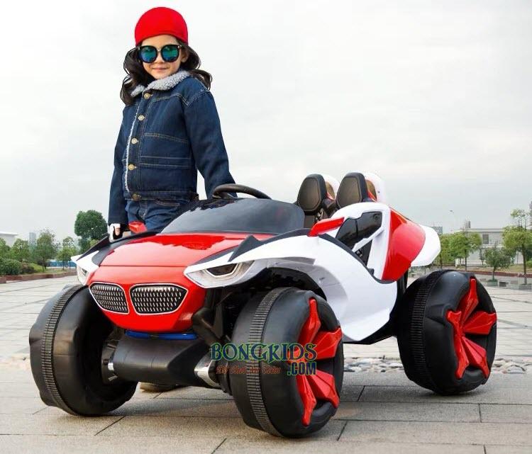 Xe ô tô điện trẻ em XJL-688 màu đỏ