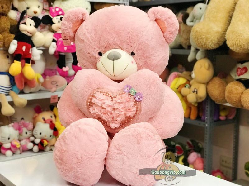 Gấu ôm tim hoa hồng dễ thương