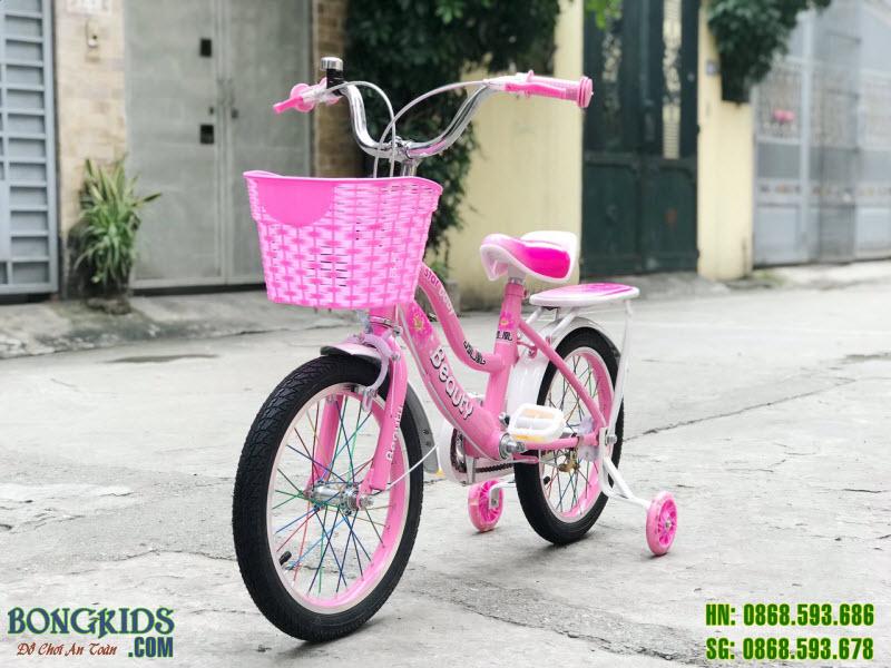 Xe đạp trẻ em màu hồng