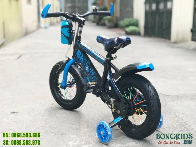 xe đạp thể thao cho bé