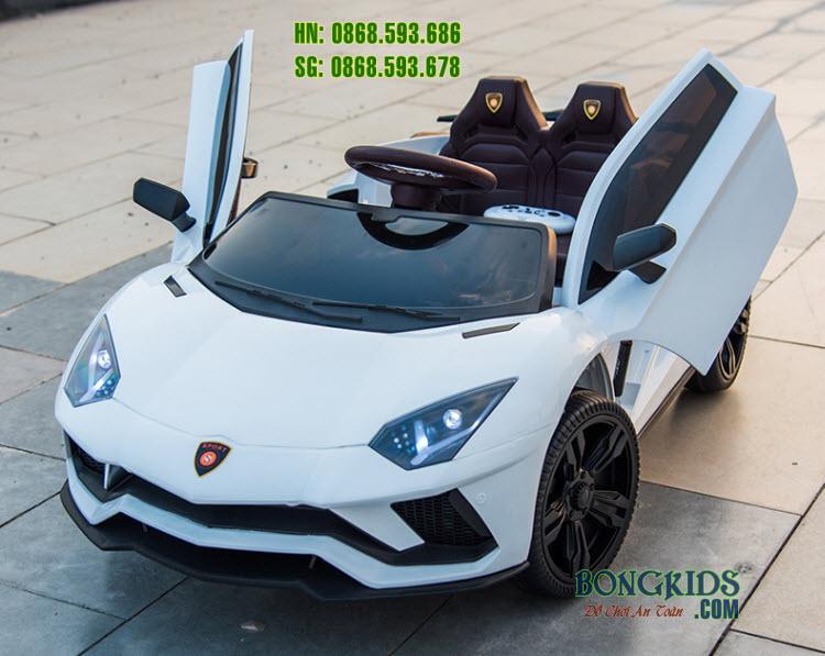 Xe ô tô điện trẻ em LT-998 màu trắng