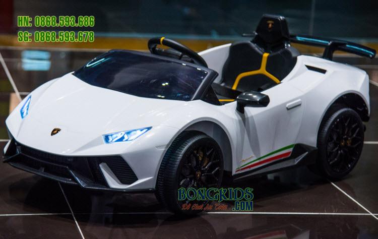 Xe hơi điện cho bé Lamborghini S308 màu trắng