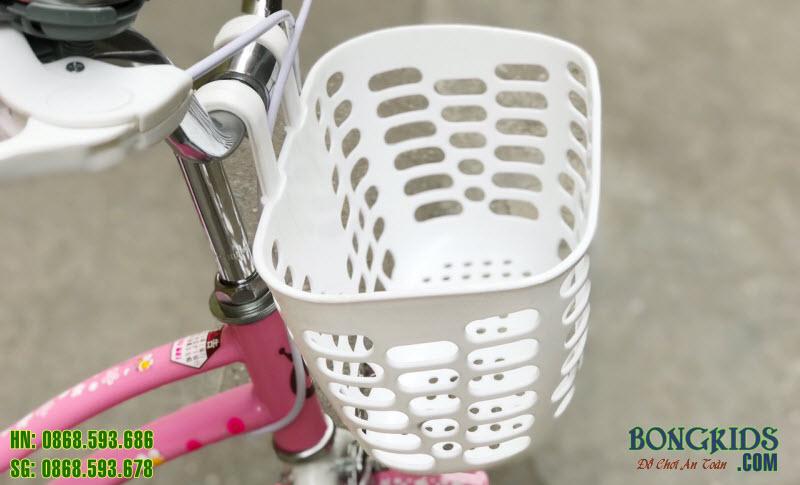 Xe đạp xinh cho bé gái