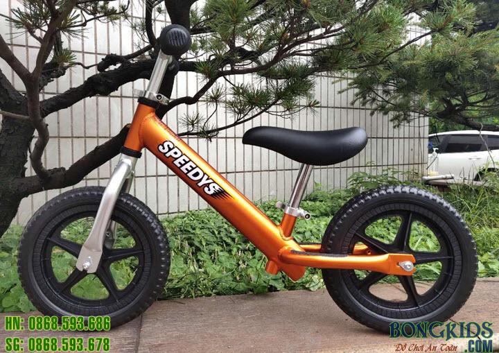 Xe thăng bằng cao cấp cho bé màu cam