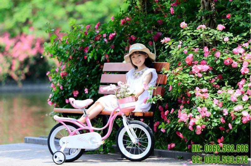 Xe đạp cho bé Royal Baby Litter Swan