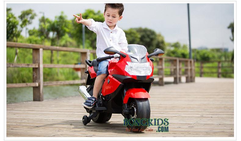 Xe máy điện trẻ em K1300S màu trắng