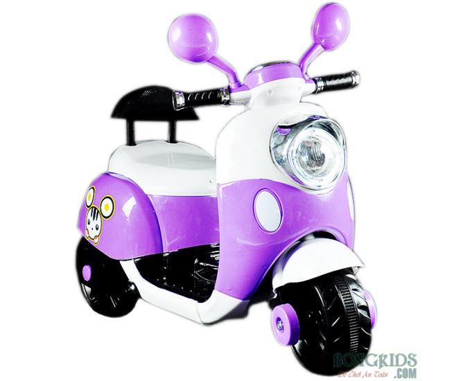 Xe máy điện trẻ em Vespa có tựa lưng màu tím
