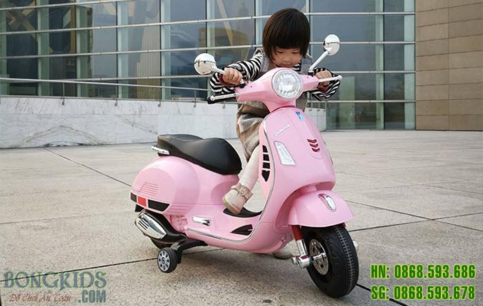 Xe máy điện cao cấp cho bé gái Q618 màu hồng