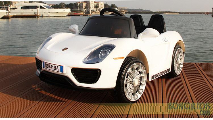 Xe ô tô điện trẻ em BBH-7188 màu trắng