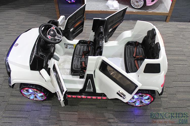 Xe ô tô điện trẻ em SX-1528 có 4 cửa mở