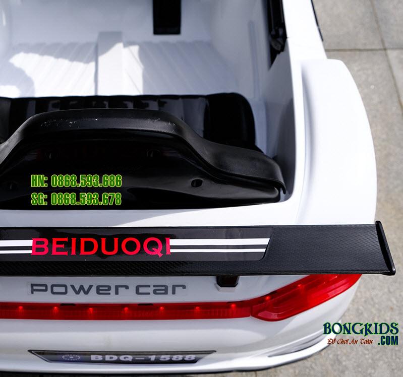 Xe ô tô điện trẻ em BDQ 5188 màu trắng 1
