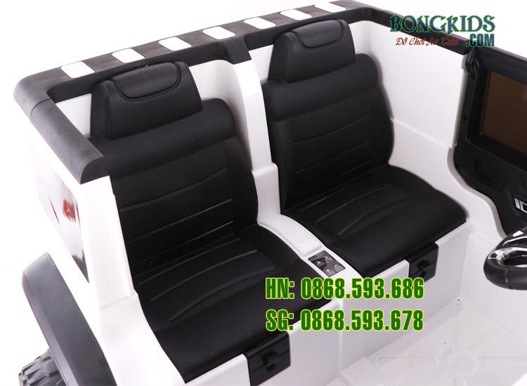 Xe ô tô điện trẻ em LT-518 có 2 ghế rời